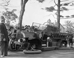 2014-05-29 10_48_42-Curiosos+accidentes+de+vehiculos+de+otra+epoca (1) [Modo de Exibição Protegido]