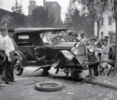 2014-05-29 10_51_06-Curiosos+accidentes+de+vehiculos+de+otra+epoca (1) [Modo de Exibição Protegido]